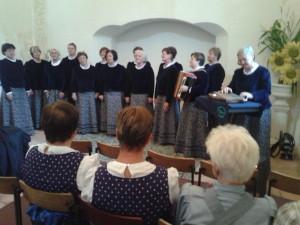 pevci v Valvazorjevi kapeli (10)